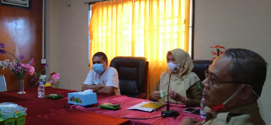 DPAD Inhil dan Arsiparis Madya Provinsi Riau Beri Pembinaan Kearsipan di BKPSDM
